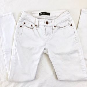 Levi's White Low-rise Skinny Jeans Size 1S 25W 30L